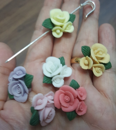 Porcelain Handmade Bead, *Frosted 3D Rose Bouquet, Mix of 6 colors*
