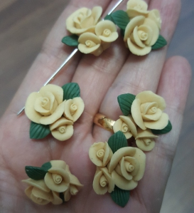 Porcelain Handmade Bead, *Frosted 3D Rose Bouquet, Pastel Ginger*